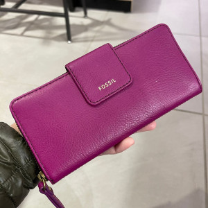 FOSSIL MADISON ZIP CLUTCH (MAGENTA)