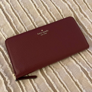 KATE SPADE JACKSON LARGE CONTINENTAL WALLET (CHERRYWOOD)